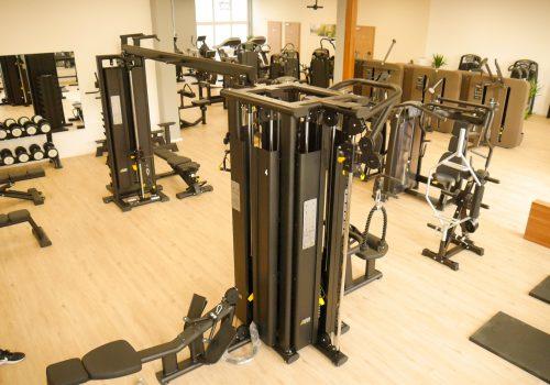 EVERFIT Fitnessstudio Kraftbereich