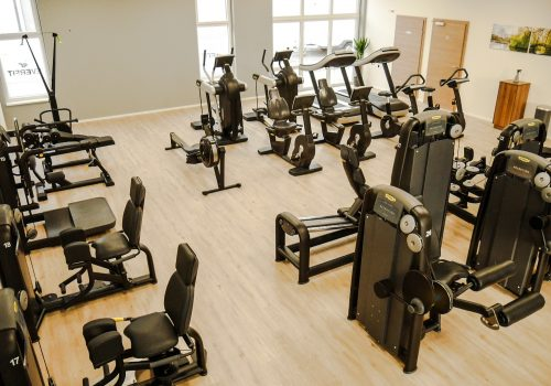 EVERFIT Fitnessstudio Beingeräte